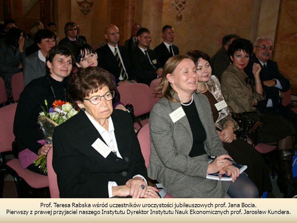 Prof. Teresa Rabska wśród uczestników uroczystości jubileuszowych prof