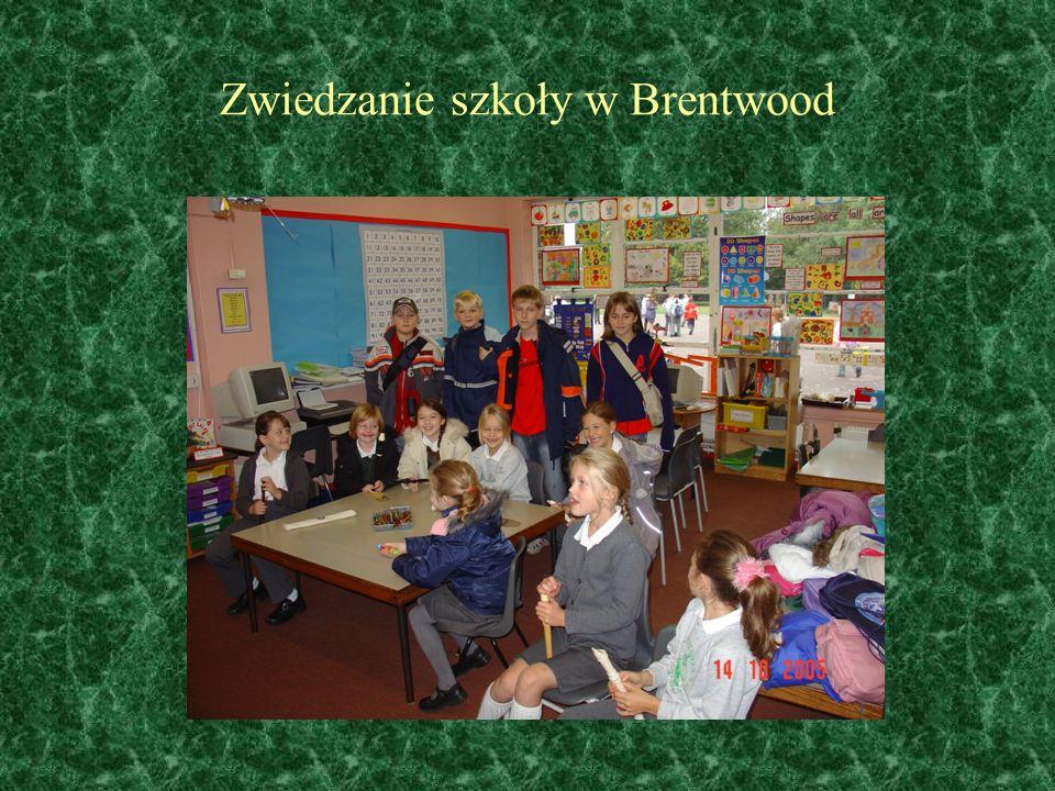 Zwiedzanie szkoły w Brentwood