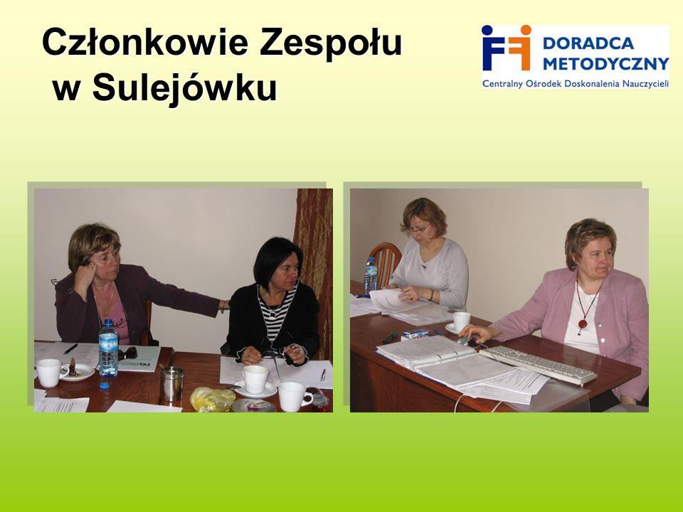Członkowie Zespołu w Sulejówku