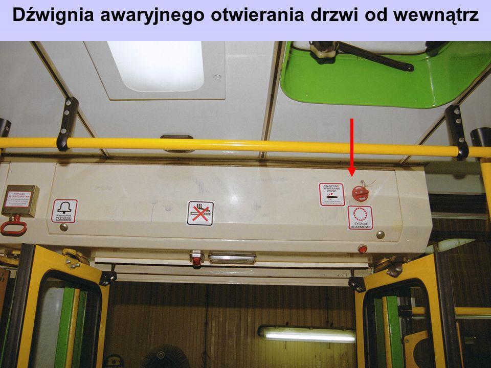 Dźwignia awaryjnego otwierania drzwi od wewnątrz