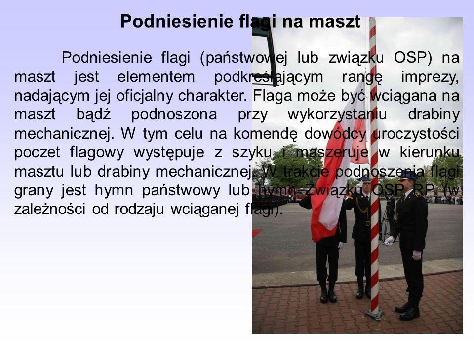 Podniesienie flagi na maszt