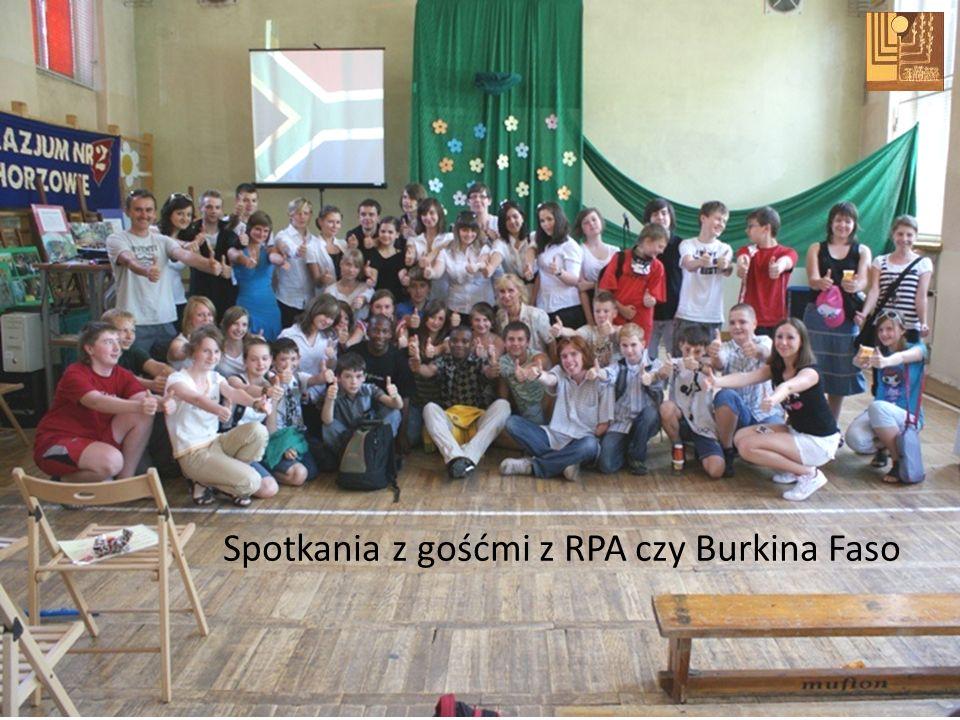 Spotkania z gośćmi z RPA czy Burkina Faso