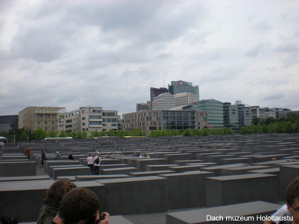 Dach muzeum Holocaustu