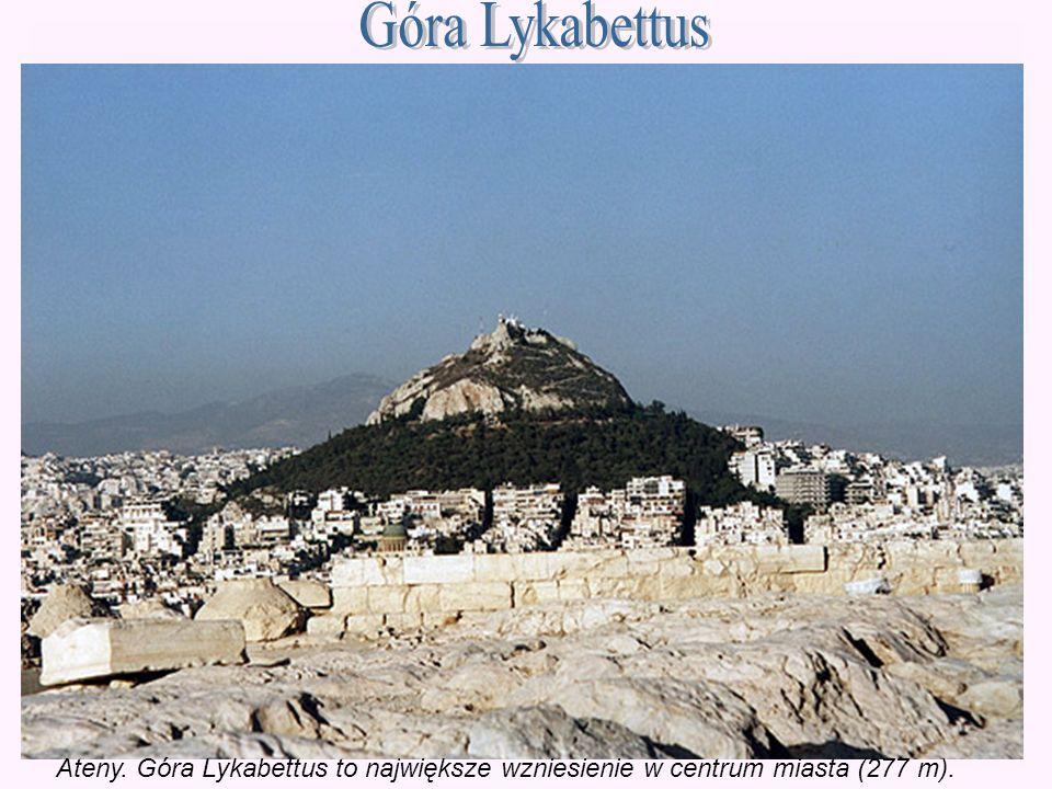 Góra Lykabettus Ateny. Góra Lykabettus to największe wzniesienie w centrum miasta (277 m).