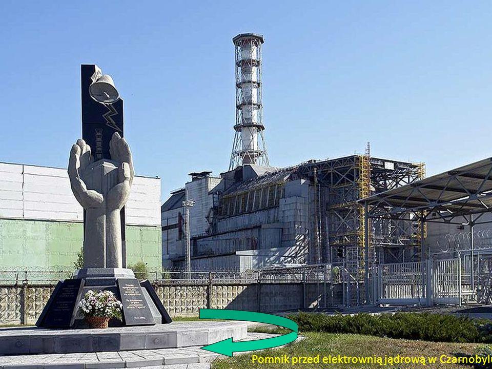 Pomnik przed elektrownią jądrową w Czarnobylu