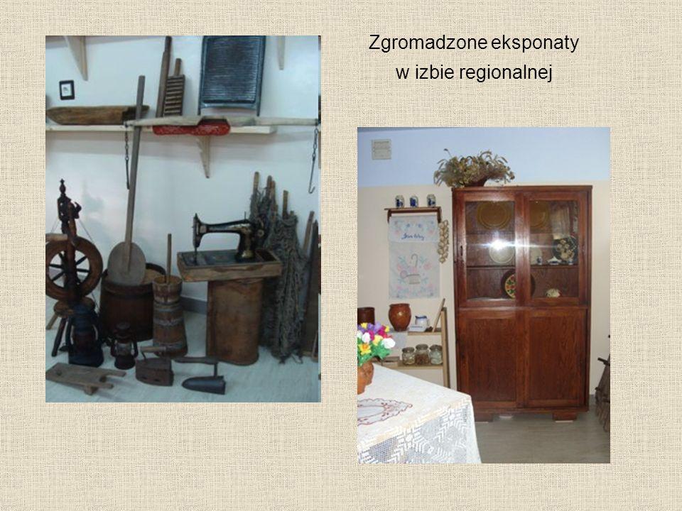 Zgromadzone eksponaty w izbie regionalnej