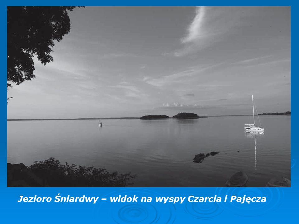 Jezioro Śniardwy – widok na wyspy Czarcia i Pajęcza