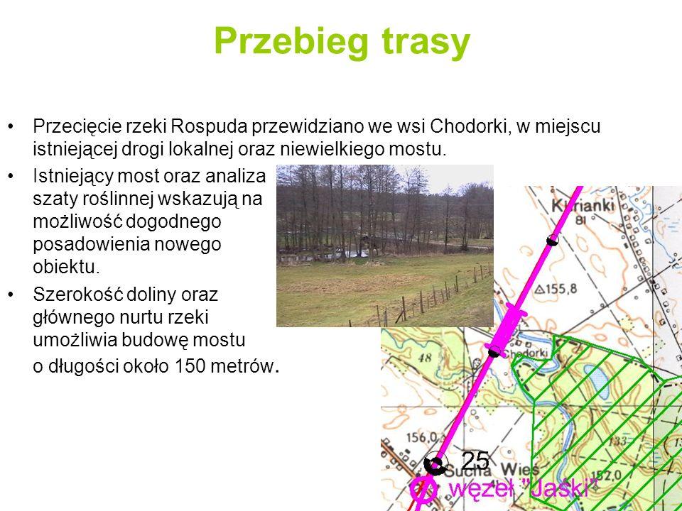 Przebieg trasy Przecięcie rzeki Rospuda przewidziano we wsi Chodorki, w miejscu istniejącej drogi lokalnej oraz niewielkiego mostu.