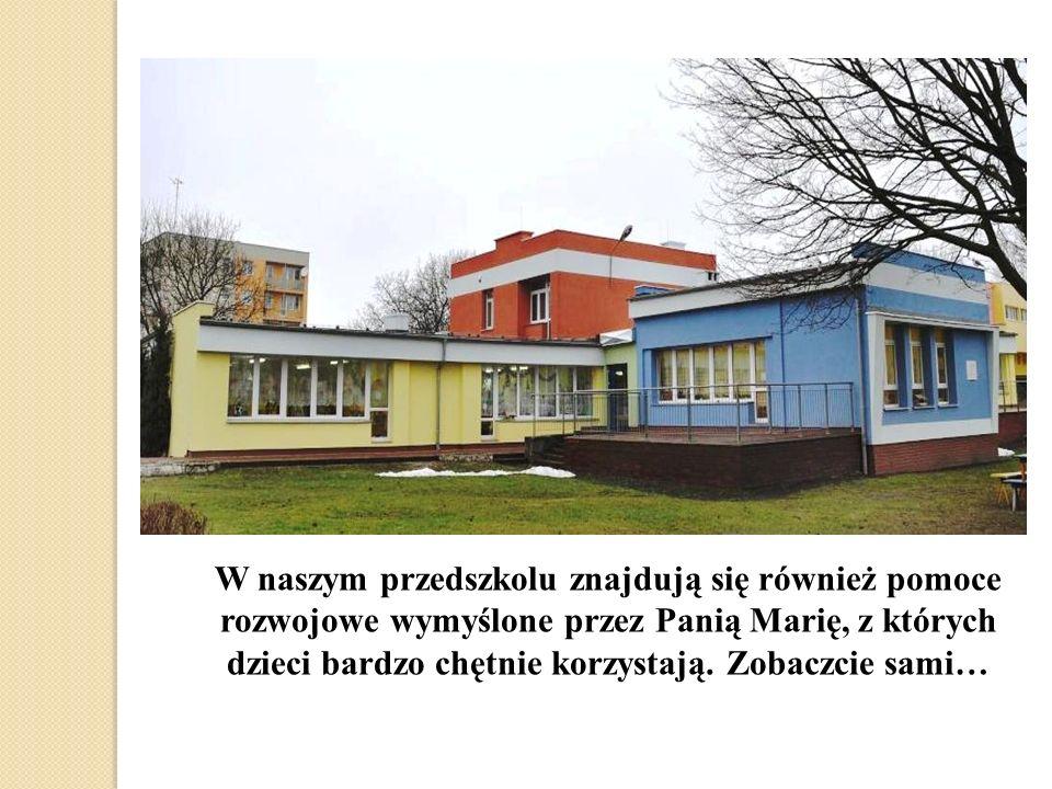 W naszym przedszkolu znajdują się również pomoce rozwojowe wymyślone przez Panią Marię, z których dzieci bardzo chętnie korzystają.