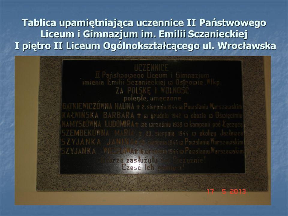 Tablica upamiętniająca uczennice II Państwowego Liceum i Gimnazjum im