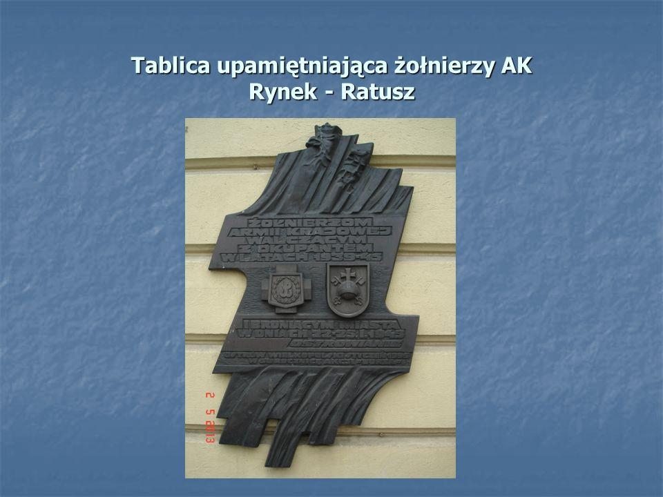 Tablica upamiętniająca żołnierzy AK Rynek - Ratusz