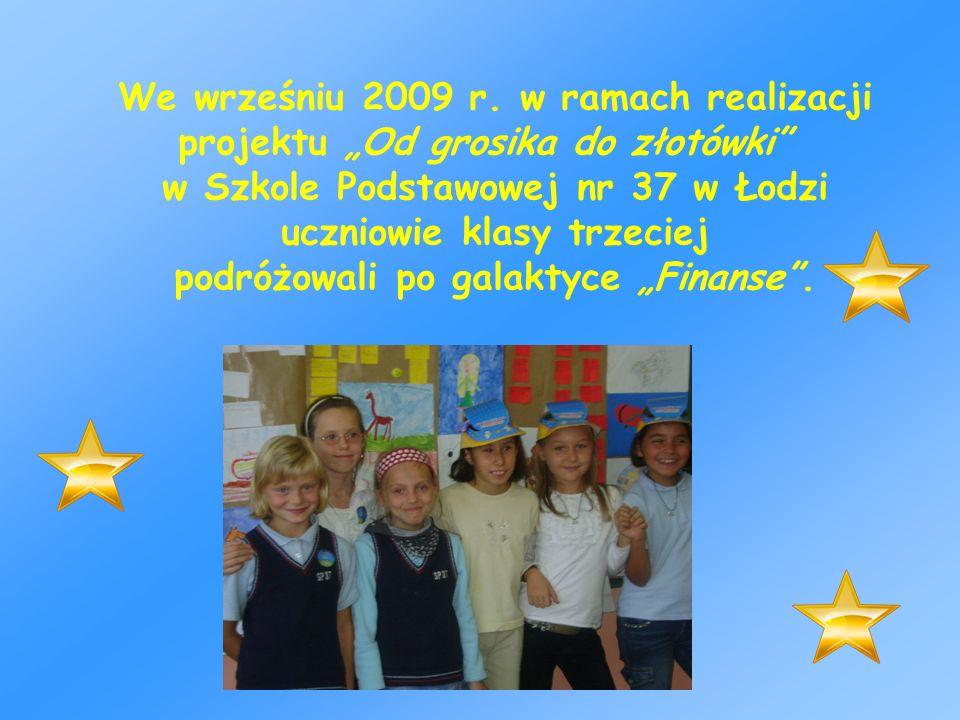 w Szkole Podstawowej nr 37 w Łodzi uczniowie klasy trzeciej