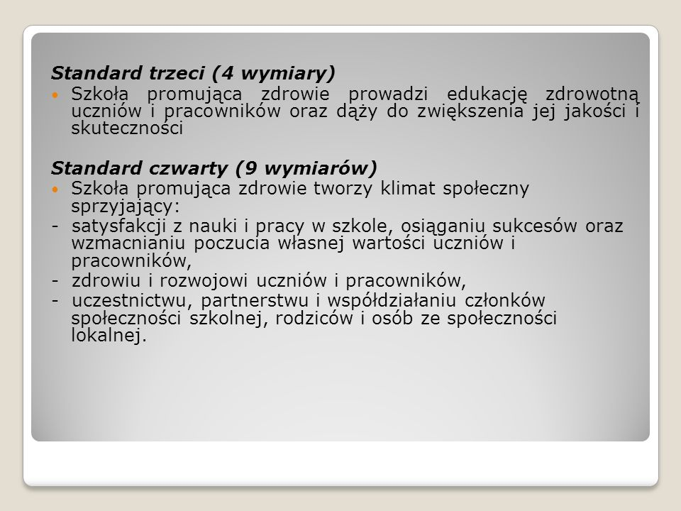 Standard trzeci (4 wymiary)