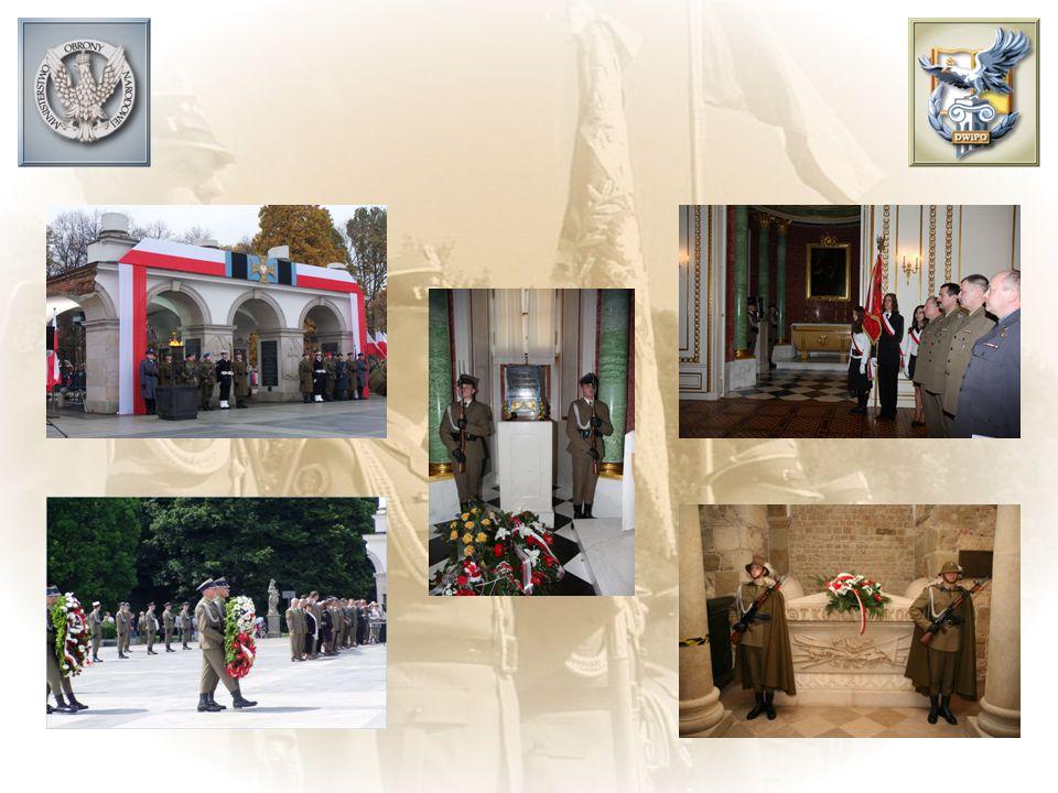 Nasza historia i tradycje orężne wydobywają z minionych dziejów wspaniałe wzorce ludzkiej ofiarności i poświęcenia w imię obrony Ojczyzny i narodu polskiego. Nasi przodkowie oddawali życie w walce o wolność i niepodległość. Ich odwaga i waleczność zdobyły sobie powszechnie uznanie i okryły ich chwałą.