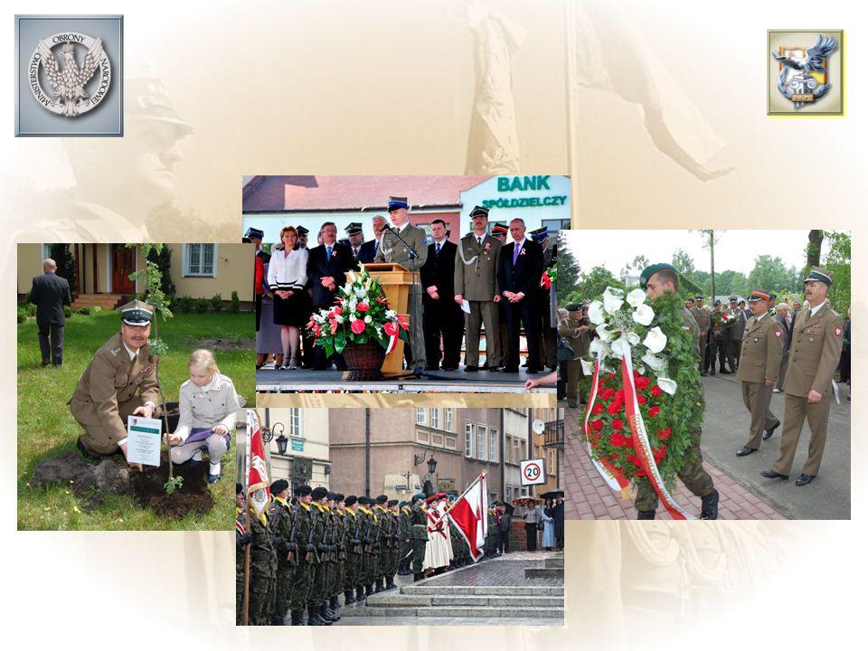 Istotnym elementem kształtowania postaw szczególnie młodego pokolenia są przedsięwzięcia patriotyczne upamiętniające dokonania bojowe Wojska Polskiego – organizowane wspólnie przez wojsko, władze państwowe, samorządowe, organizacje pozarządowe i szkoły.