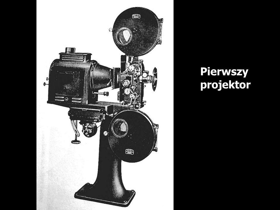 Pierwszy projektor