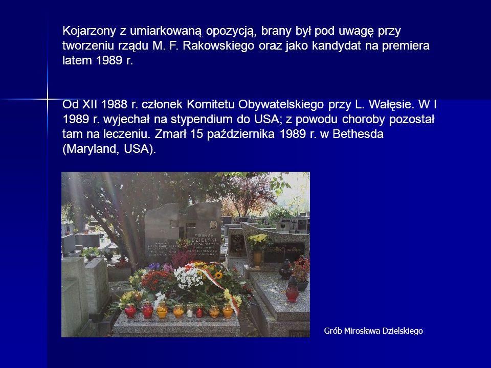 Kojarzony z umiarkowaną opozycją, brany był pod uwagę przy tworzeniu rządu M. F. Rakowskiego oraz jako kandydat na premiera latem 1989 r.