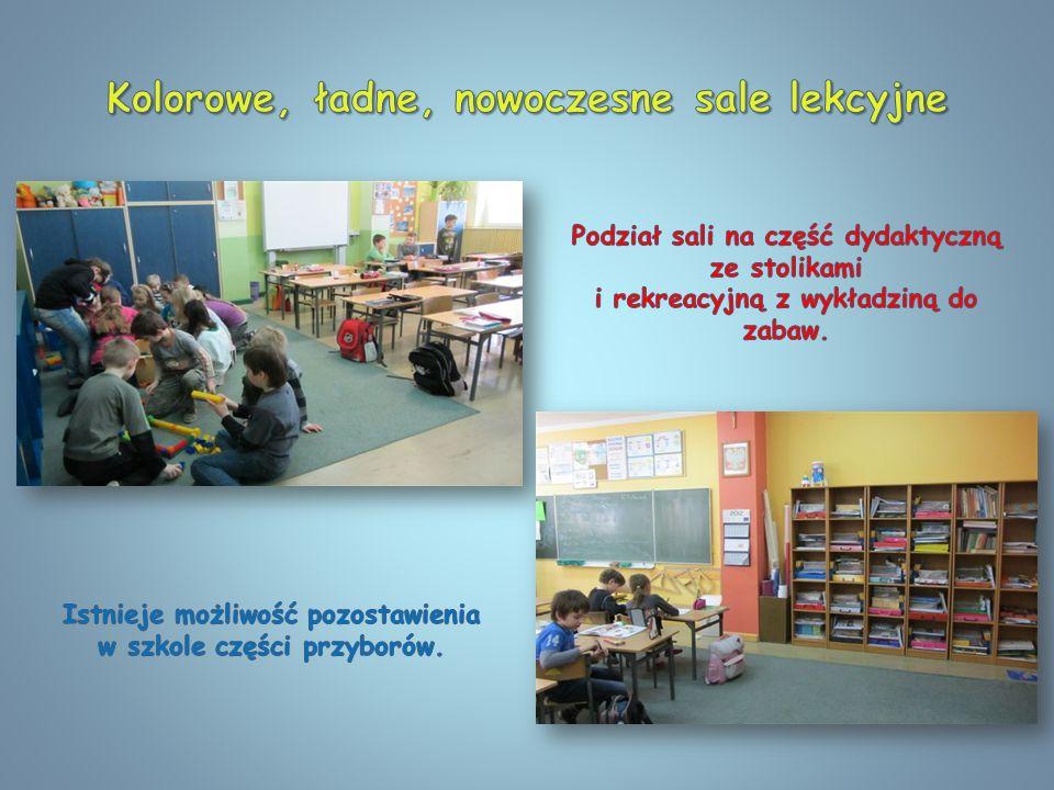 Kolorowe, ładne, nowoczesne sale lekcyjne
