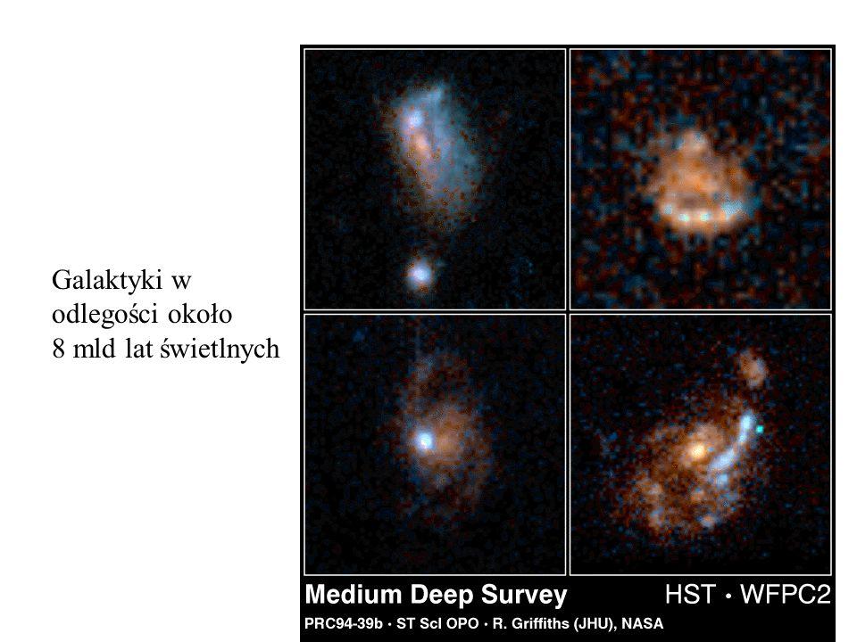 Galaktyki w odlegości około 8 mld lat świetlnych