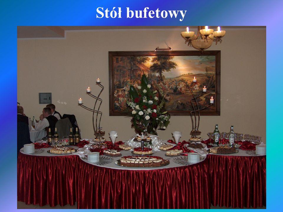 Stół bufetowy