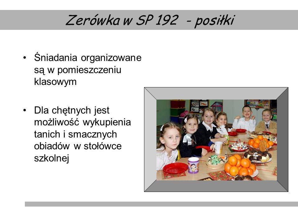 Zerówka w SP 192 - posiłki Śniadania organizowane są w pomieszczeniu klasowym.