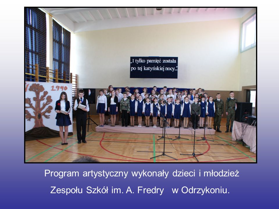 Program artystyczny wykonały dzieci i młodzież