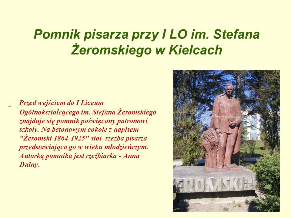 Pomnik pisarza przy I LO im. Stefana Żeromskiego w Kielcach