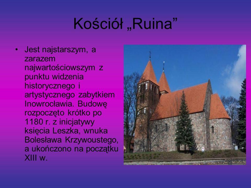"""Kościół """"Ruina"""