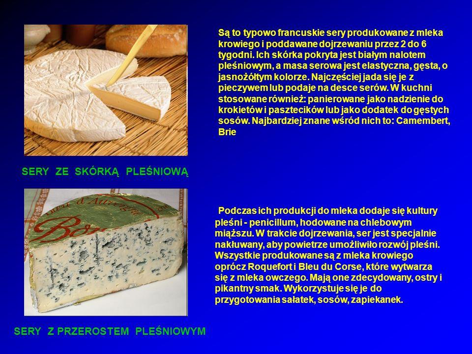Są to typowo francuskie sery produkowane z mleka krowiego i poddawane dojrzewaniu przez 2 do 6 tygodni. Ich skórka pokryta jest białym nalotem pleśniowym, a masa serowa jest elastyczna, gęsta, o jasnożółtym kolorze. Najczęściej jada się je z pieczywem lub podaje na desce serów. W kuchni stosowane również: panierowane jako nadzienie do krokietów i pasztecików lub jako dodatek do gęstych sosów. Najbardziej znane wśród nich to: Camembert, Brie