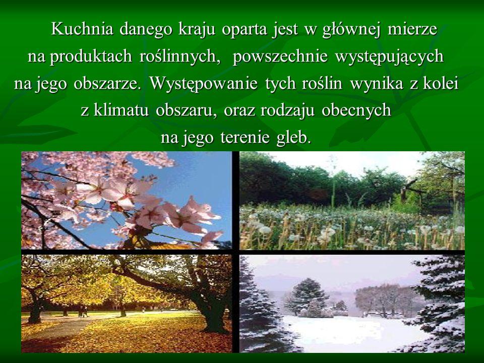 na produktach roślinnych, powszechnie występujących