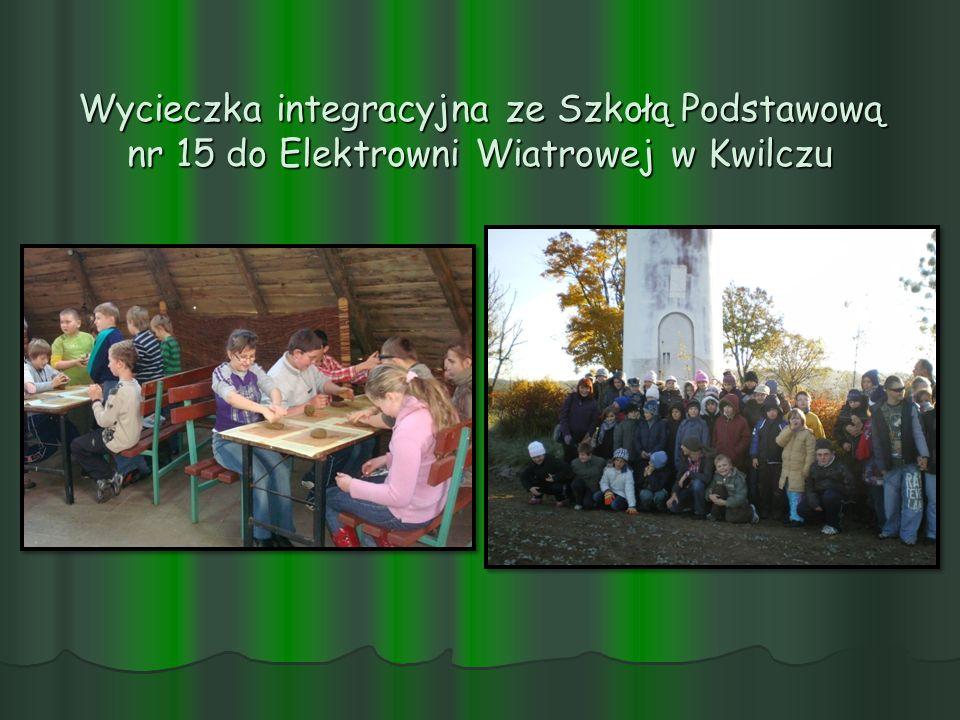 Wycieczka integracyjna ze Szkołą Podstawową nr 15 do Elektrowni Wiatrowej w Kwilczu