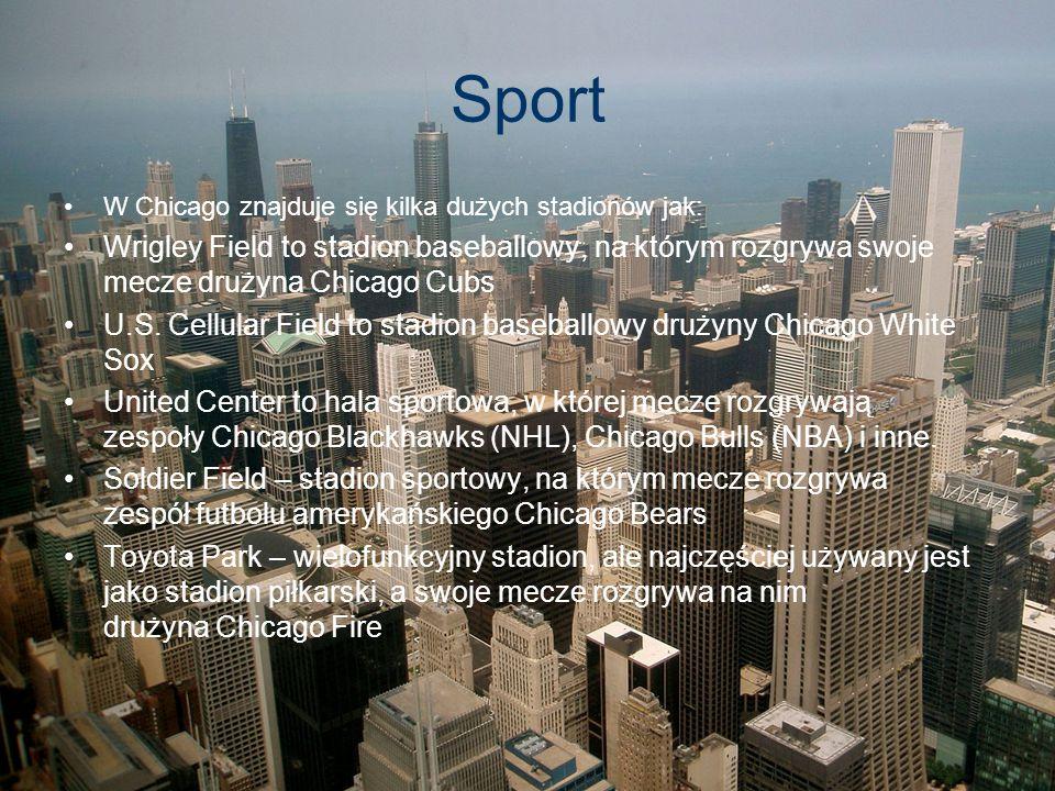 Sport W Chicago znajduje się kilka dużych stadionów jak: Wrigley Field to stadion baseballowy, na którym rozgrywa swoje mecze drużyna Chicago Cubs.