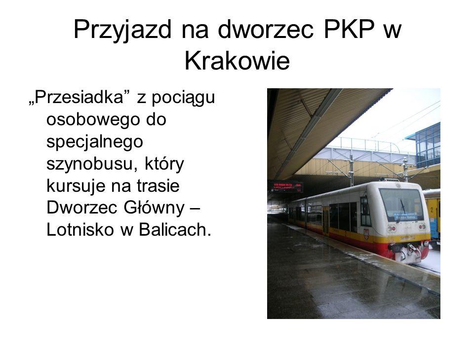 Przyjazd na dworzec PKP w Krakowie