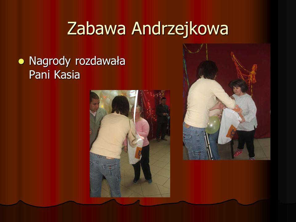 Zabawa Andrzejkowa Nagrody rozdawała Pani Kasia