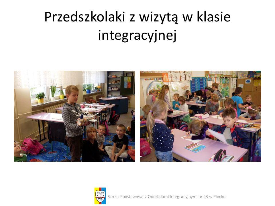 Przedszkolaki z wizytą w klasie integracyjnej