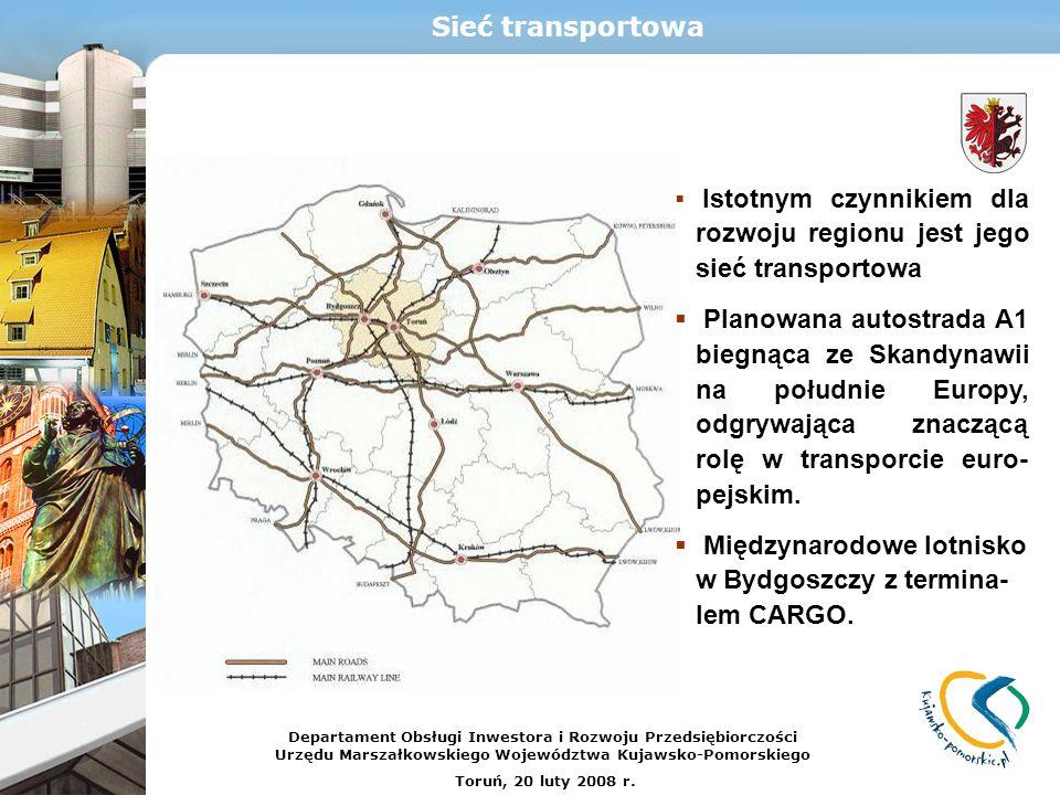 Międzynarodowe lotnisko w Bydgoszczy z termina-lem CARGO.