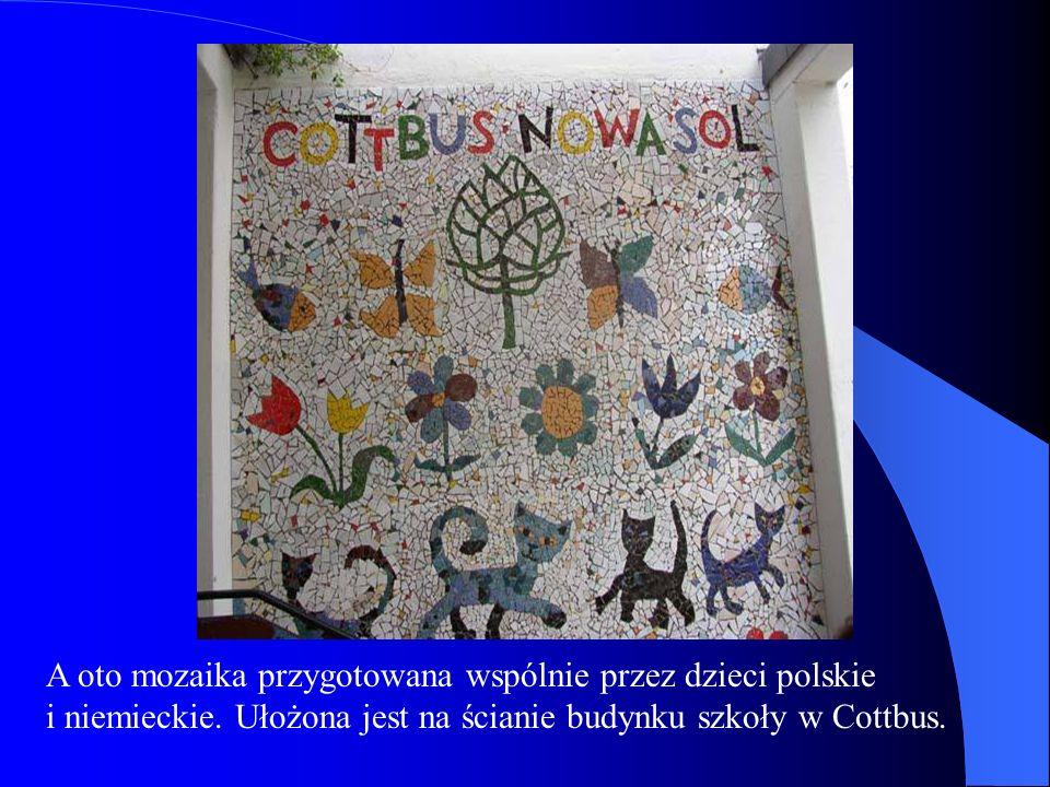 A oto mozaika przygotowana wspólnie przez dzieci polskie