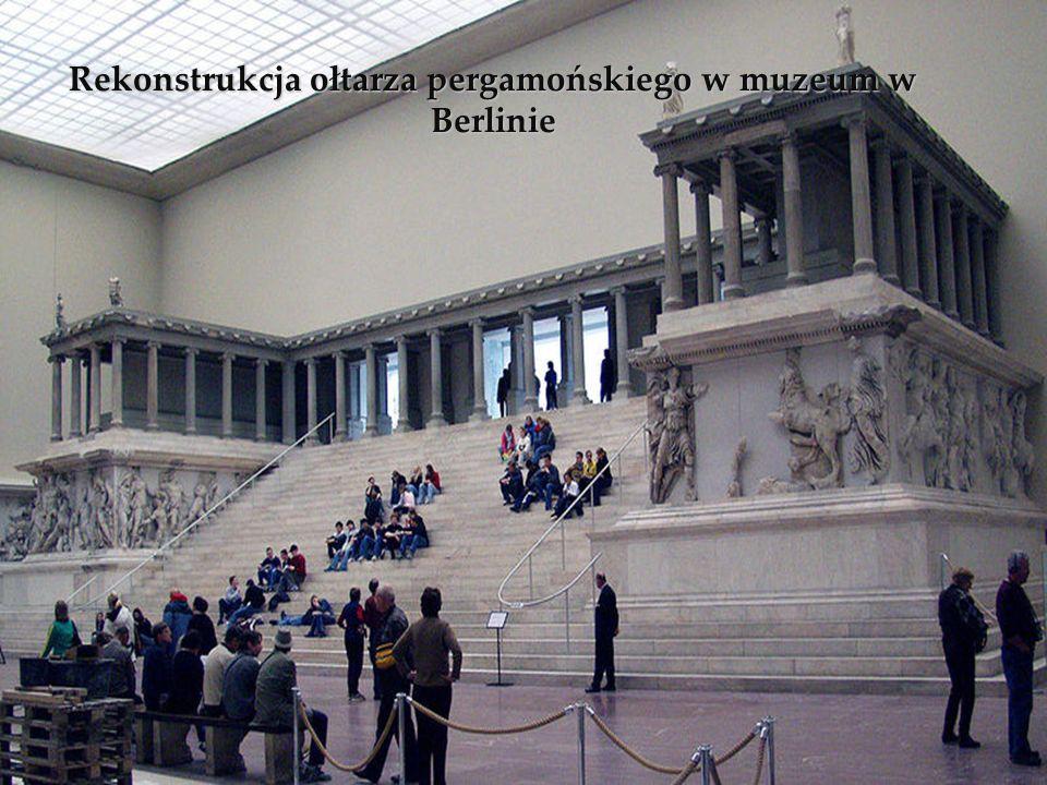 Rekonstrukcja ołtarza pergamońskiego w muzeum w Berlinie