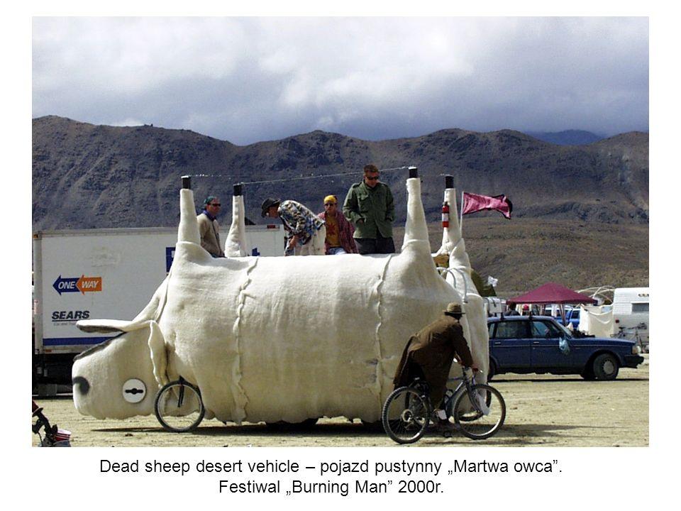 "Dead sheep desert vehicle – pojazd pustynny ""Martwa owca ."