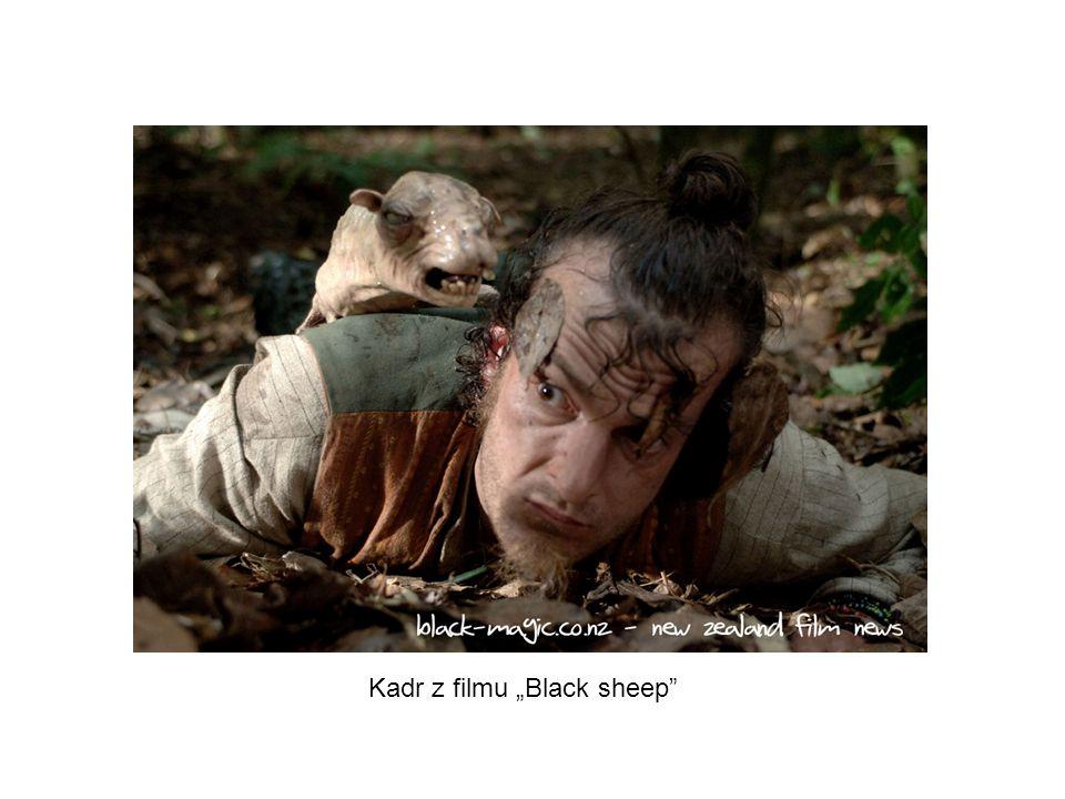 """Kadr z filmu """"Black sheep"""
