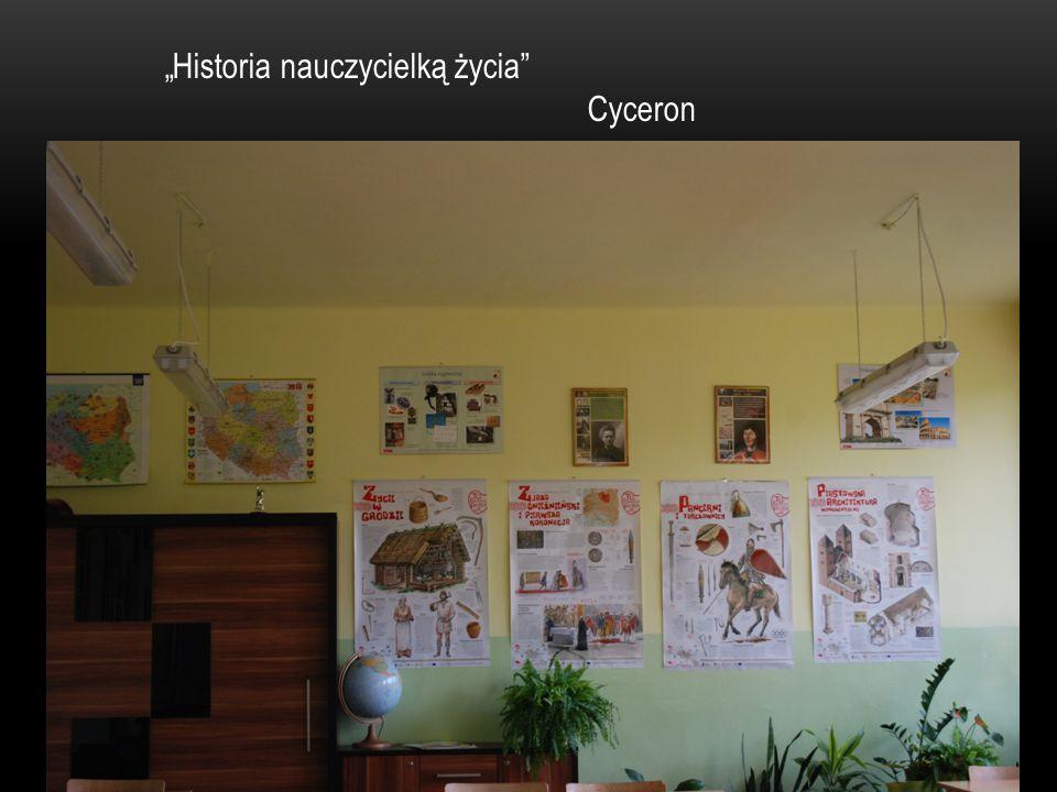 """""""Historia nauczycielką życia"""