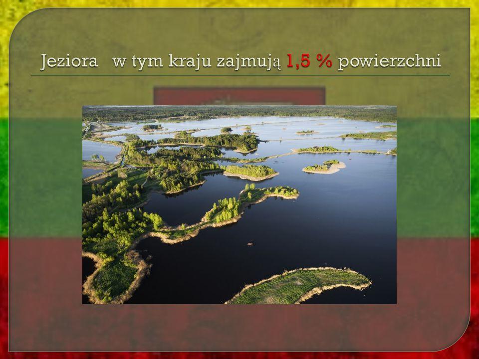 Jeziora w tym kraju zajmują 1,5 % powierzchni