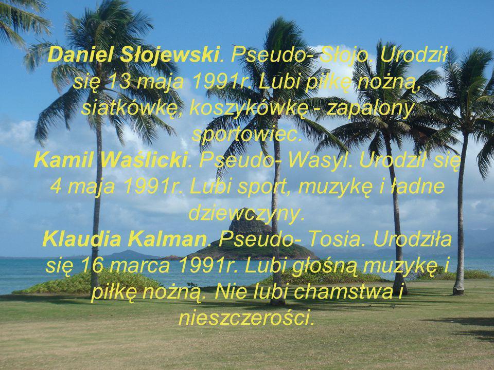 Daniel Słojewski. Pseudo- Słojo. Urodził się 13 maja 1991r