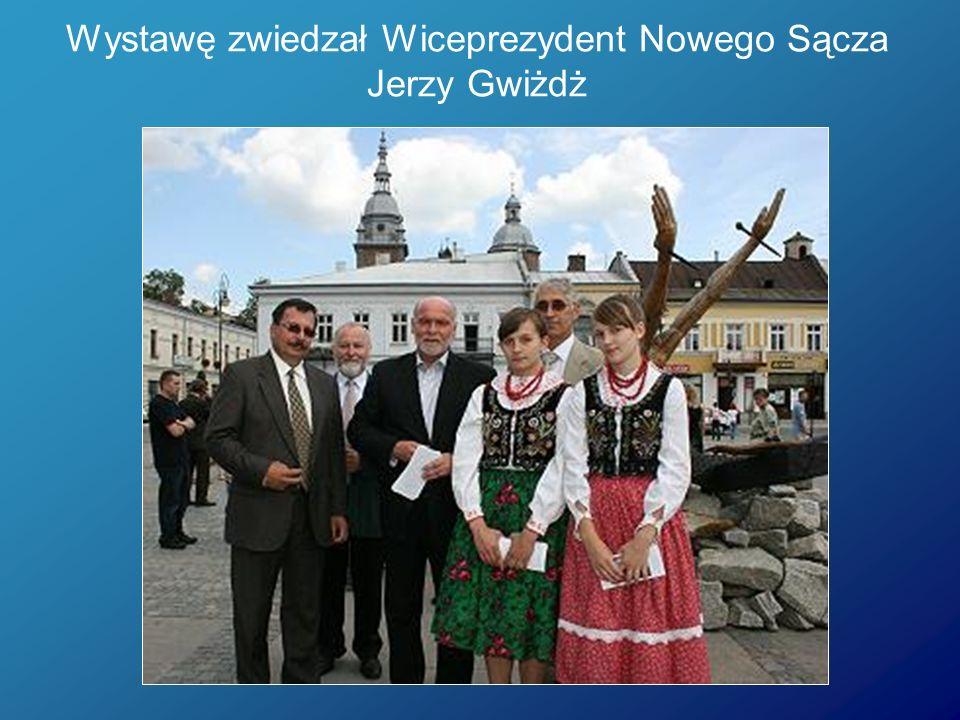 Wystawę zwiedzał Wiceprezydent Nowego Sącza Jerzy Gwiżdż