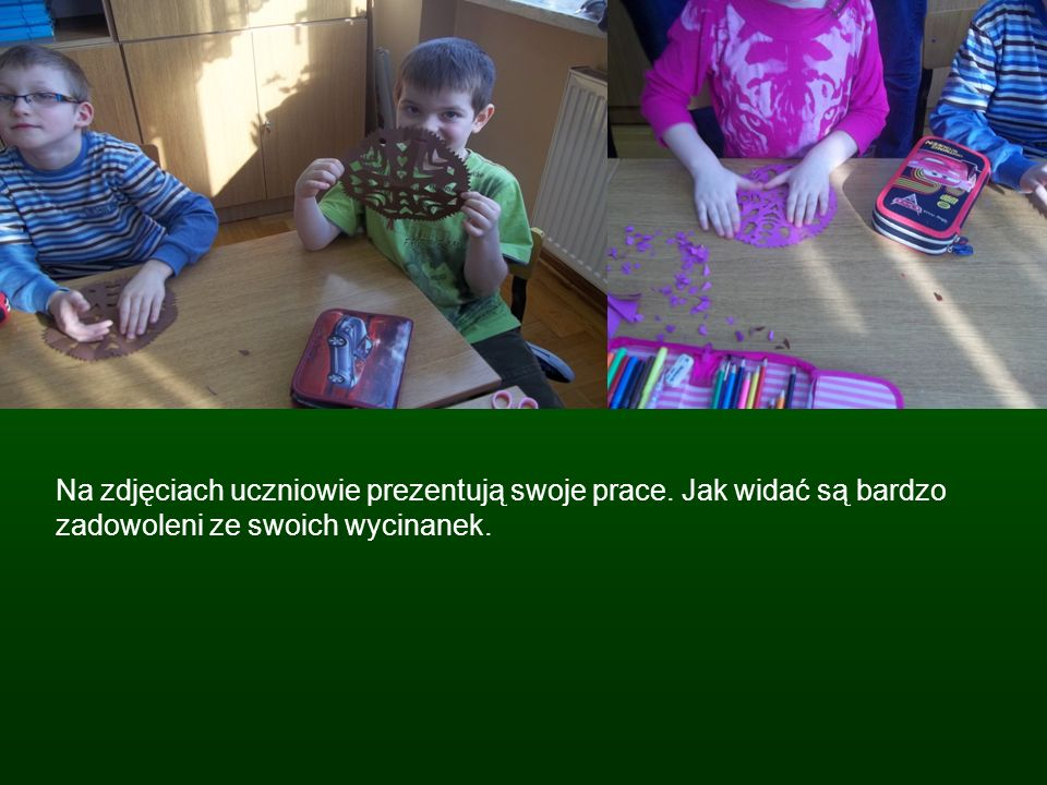 Na zdjęciach uczniowie prezentują swoje prace