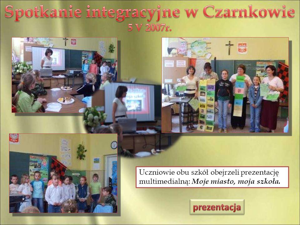 Uczniowie obu szkół obejrzeli prezentację multimedialną: Moje miasto, moja szkoła.