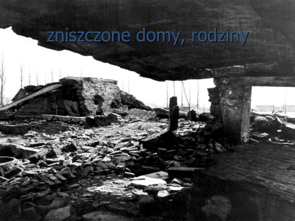 zniszczone domy, rodziny