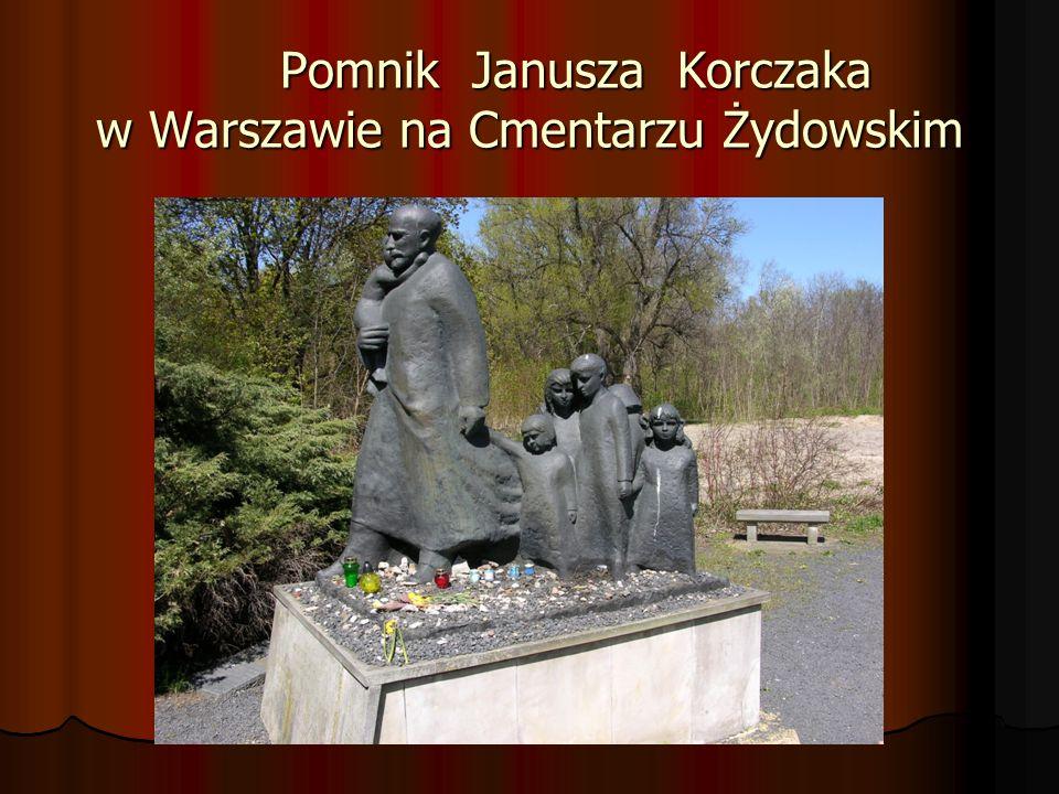Pomnik Janusza Korczaka w Warszawie na Cmentarzu Żydowskim