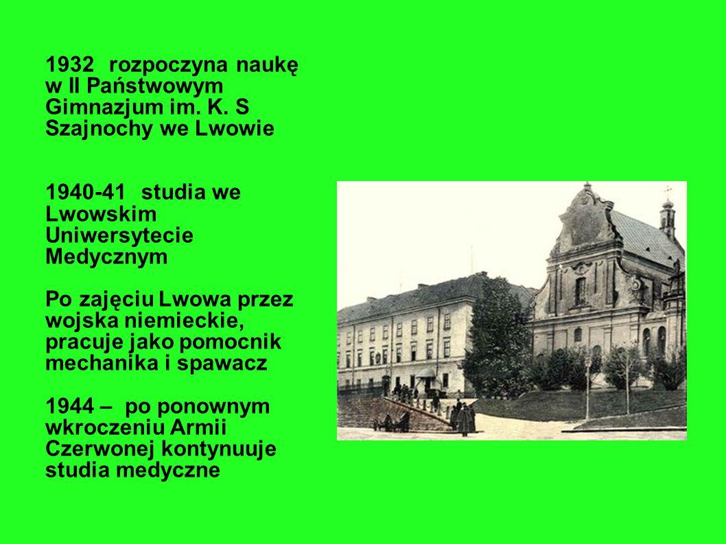 1932. rozpoczyna naukę w II Państwowym Gimnazjum im. K