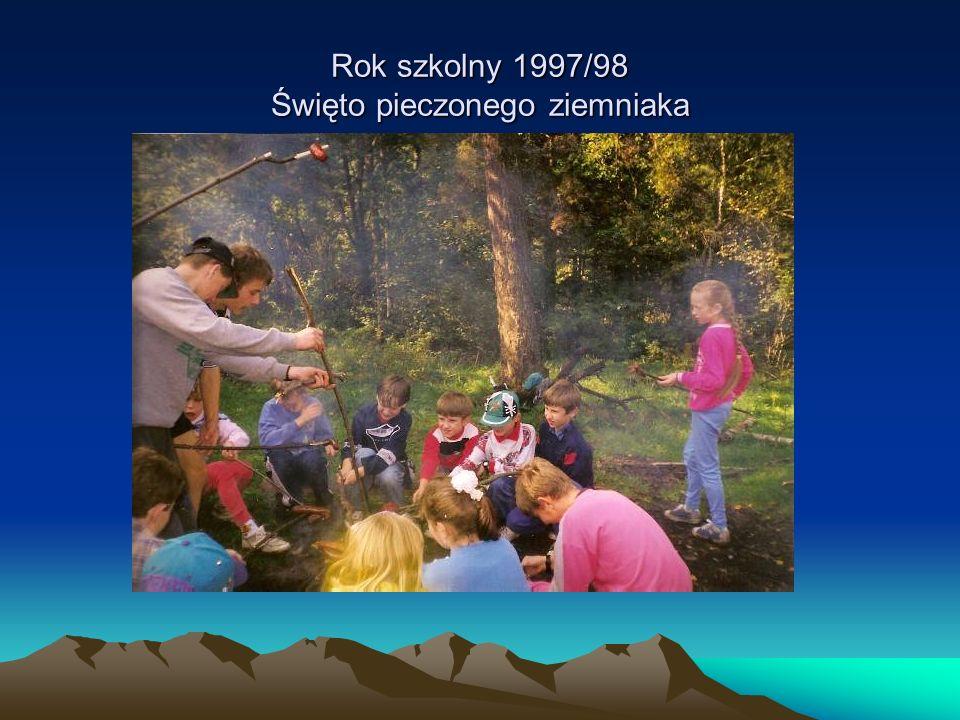 Rok szkolny 1997/98 Święto pieczonego ziemniaka